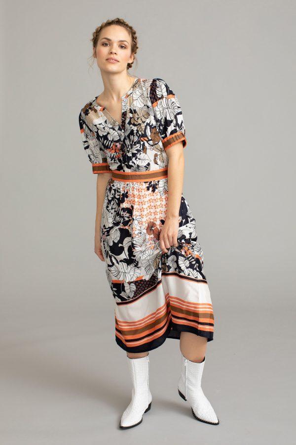 Κοντομάνικο μίντι εμπριμέ φόρεμα Melanie Kaffe
